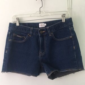 Calvin Klein Jeans cut off denim shorts size 6